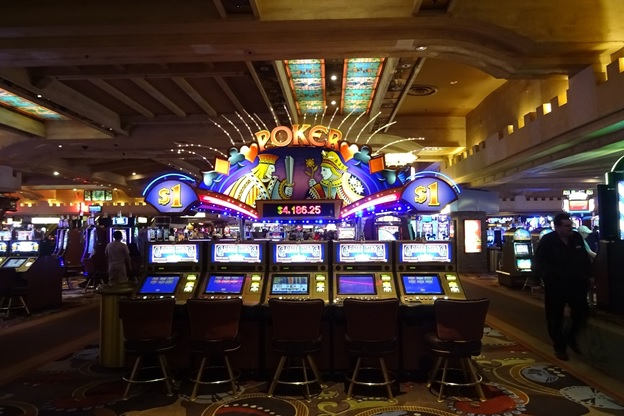 Tips for Best Games to Play at a Casino